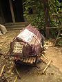 Small house with net for chicken 01.jpg