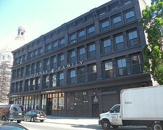 Broadway (Brooklyn) - Sparrow Shoe Warehouse