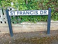 St. Francis Dr.001 - Wick (Gloucestershire).jpg