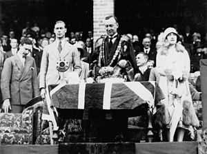 StateLibQld 1 67691 Their Royal Highnesses, The Duke and Duchess of York, visit Toowoomba, 1927