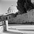 Straatje met op achtergrond de Ethiopische kerk, Bestanddeelnr 255-0344.jpg