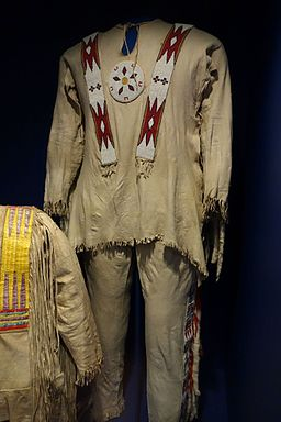 Suite owned by Willie Scraping White, Kainai, mid 1900s, elk hide, glass beads, weasel pelts - Glenbow Museum - DSC01034