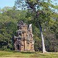 Suor Prat towers, Angkor Thom, Cambodia - panoramio.jpg