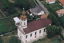 Szent Mihály és Gábor főangyalok-templom, Létavértes légifotó.jpg