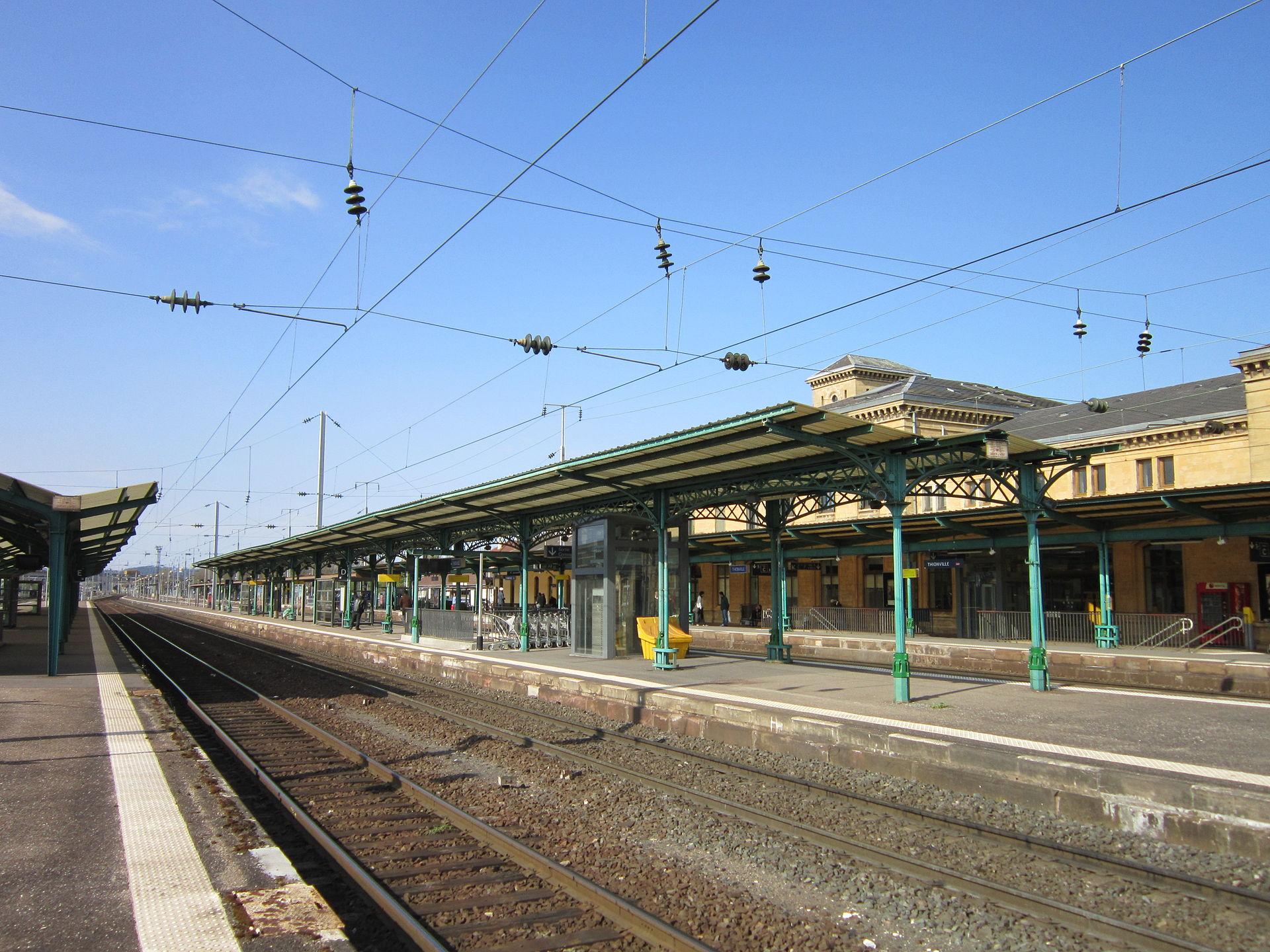 Gare de thionville wikipedia for Piscine lorraine
