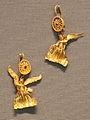 Taranto, gioielli del 230-210 ac ca. 07 orecchini con vittorie alate.JPG