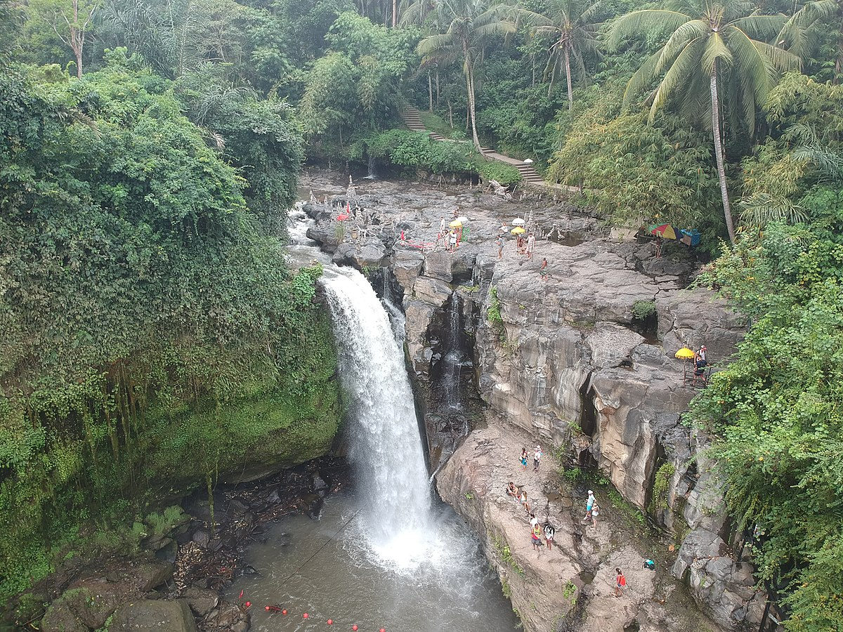 Tegenungan waterfall wikipedia for Waterfall it