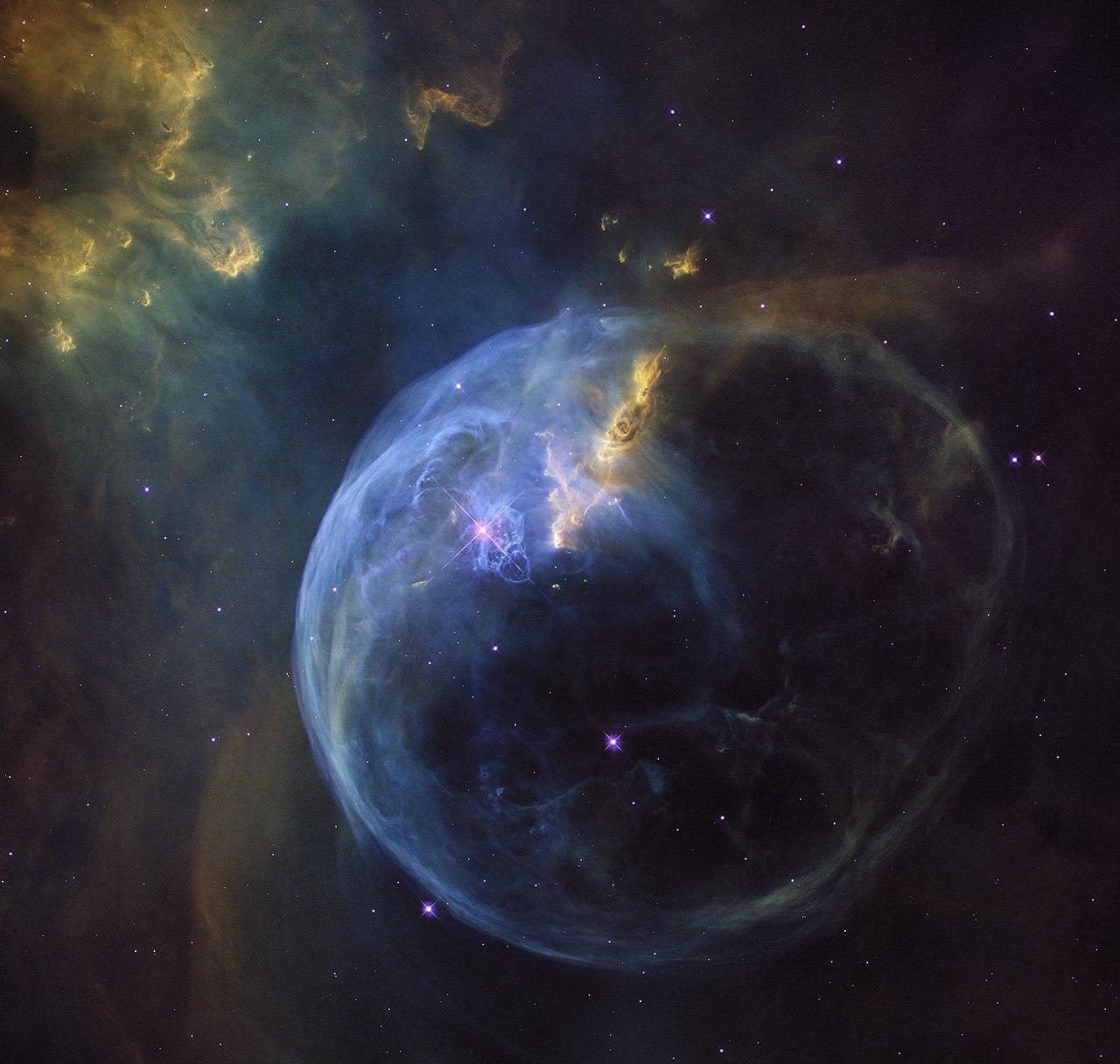Les bulles dans tous les états...   1280px-The_Bubble_Nebula_-_NGC_7635_-_Heic1608a