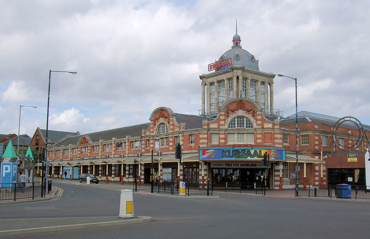 File:The Kursaal, Southend-On-Sea.jpg - Wikimedia Commons