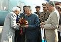 The Vice President, Shri Mohd. Hamid Ansari being received by the Governor of Uttar Pradesh, Shri T.V. Rajeshwar at Aligarh, in Uttar Pradesh on October 18, 2008.jpg