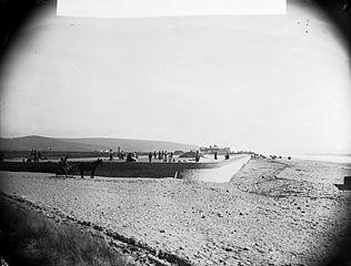 The promenade and sea wall, Tywyn