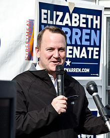 Tim Murray at Elizabeth Warren rally Nov 2012.jpg