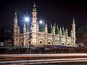 Tipu Sultan Mosque - Image: Tipu Sultan Mosque Dharmatala at Night