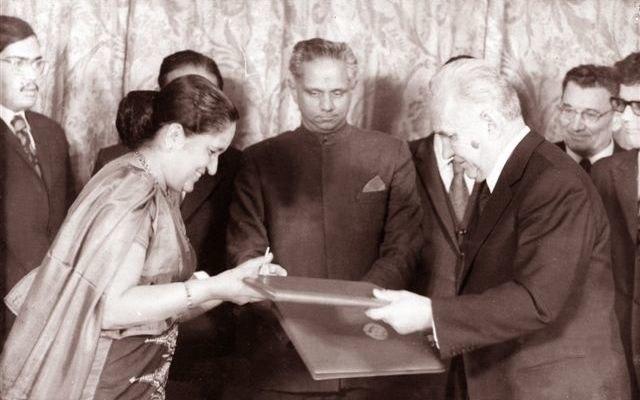 Tissa with Mrs. Sirimavo Bandaranaike in Russia with Alexei Kosygin Premier of the Soviet Union fro
