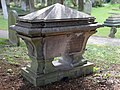 Tomb of Cecil Talbot in the churchyard of St Nicholas.jpg