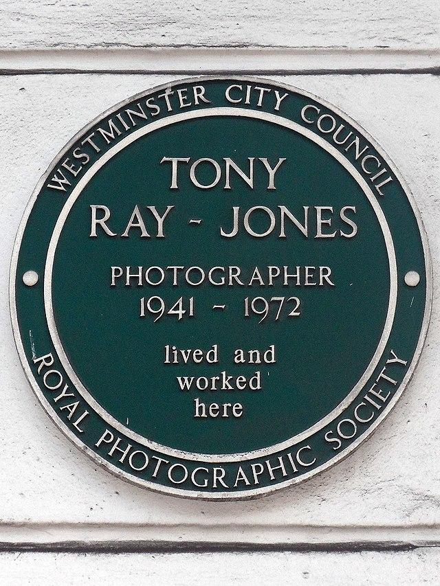 Tony Ray-Jones green plaque - Tony Ray-Jones photographer 1941-1972 lived and worked here