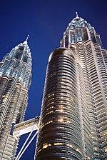 Las Torres gemelas Petronas son una de las obras más importantes de Pelli