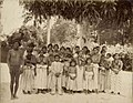 Tropenmuseum Royal Tropical Institute Objectnumber 60012328 Portret van een groep Arowakken India.jpg