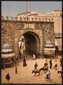 Tunis. La porte française-LCCN2001699389.tif