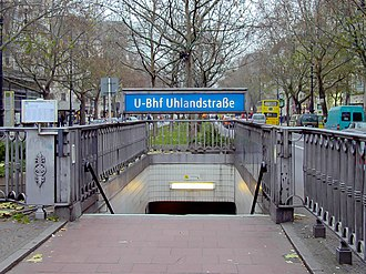 U1 (Berlin U-Bahn) - Eastern entrance of Uhlandstraße U-Bahn station