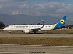 UR-EME Embraer ERJ-190STD (190-100) E190 - AUI (32589910550).jpg