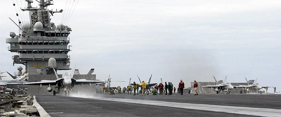 USS Harry S Truman (CVN-75) Flight Deck