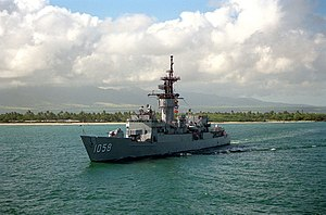 USS Meyerkord (FF-1058) departing Pearl Harbor on 1 February 1991 (6475428)