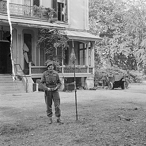 1st Airborne Division (United Kingdom) - Major General Roy Urquhart outside the divisional headquarters in Arnhem, September 1944.