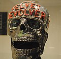 Velvet Revolver skull, Juliens Auctions Preview 2011-03-08.jpg
