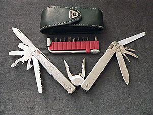 Multi-tool - Victorinox SwissTool