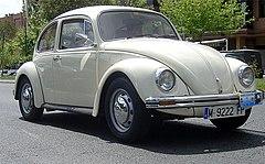 https://upload.wikimedia.org/wikipedia/commons/thumb/f/f1/Volkswagen_Beetle_2.jpg/240px-Volkswagen_Beetle_2.jpg