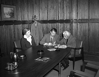 Arthur Fiedler - Mr. and Mrs. Arthur Fiedler and Wernher von Braun in his office during the Fiedlers' visit to the Marshall Space Flight Center on March 23, 1962.