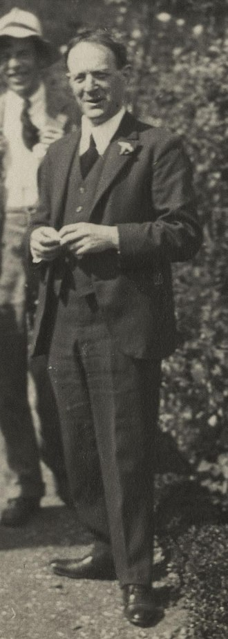 Walter de la Mare - Walter de la Mare in 1924  (photo by Lady Ottoline Morrell)
