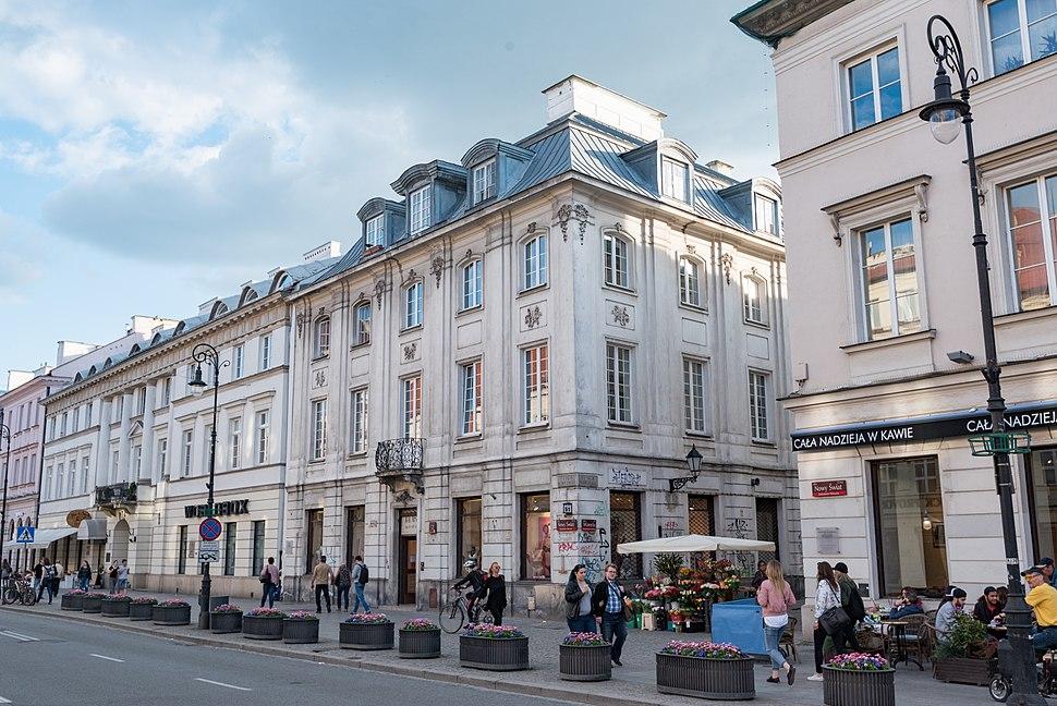 Warszawa, ul. Nowy %C5%9Awiat 49, 51 20170516 001