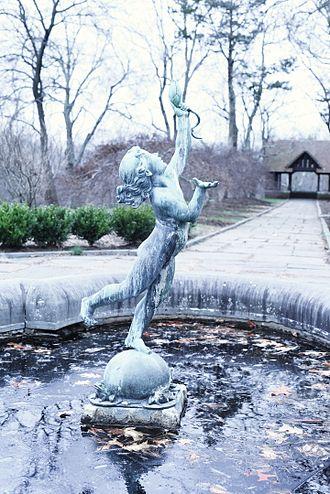 Waveny Park - Waveny Park, statue by the castle.