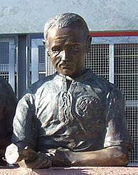 Werner Kohlmeyer statue