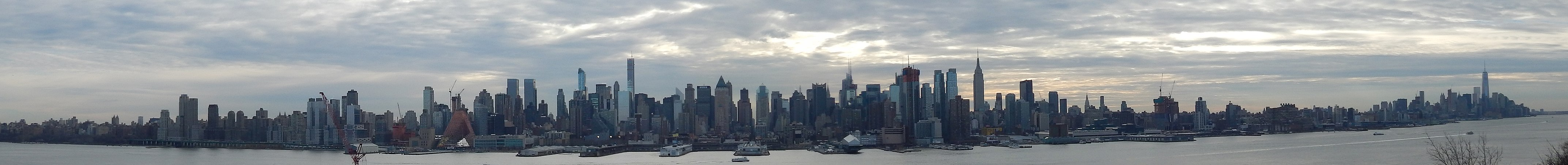 WestsideManhattanPanorama.jpg