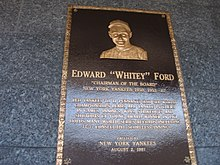 Plaque commémorative de Whitey Fordau Yankee Stadium