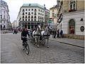 Wiedeń - różne środki lokomocji - panoramio.jpg