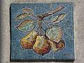 Wien-Penzing - Gemeindebau Hadikgasse 268-272 - Stiege 14 - Mosaik Birnen - Richard Ruepp 1953-54.jpg