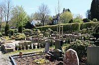 Wuppertal - Am Kriegermal - Friedhof 02 ies.jpg