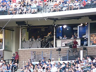 Al Leiter - Leiter broadcasting a game.