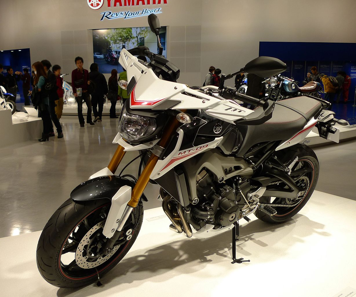 file yamaha mt 09 street rally at tokyo motor show 2013 2. Black Bedroom Furniture Sets. Home Design Ideas