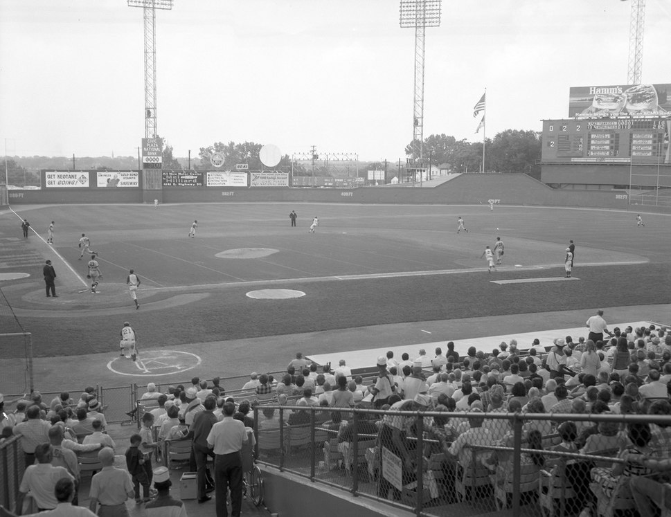 Yankees vs. Athletics at Municipal Stadium