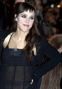 http://upload.wikimedia.org/wikipedia/commons/thumb/f/f1/ZAZ_2011.jpg/200px-ZAZ_2011.jpg