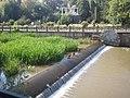 Заброшенная подъемная перекатная плотина на набережной Симферополя.jpg