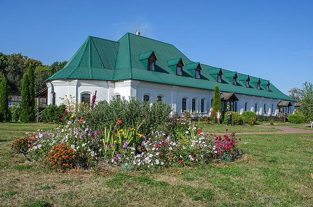 Келії Спасо-Преображенського монастиря, © Сергій Тарабара, CC-BY-SA 4.0