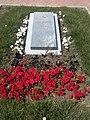 Мемориальная плита на могиле Коломийцева И.О.jpg