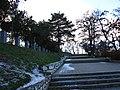 Могила на непобедените - Прилеп (скали).JPG