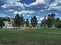 Новоподрезковская средняя школа.jpg
